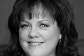 Donna Miller Headshot