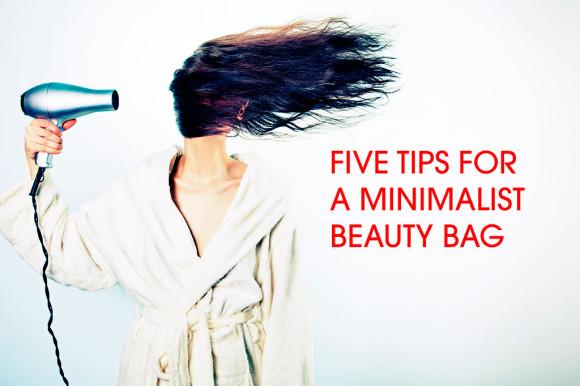 minimalist-beauty-bag